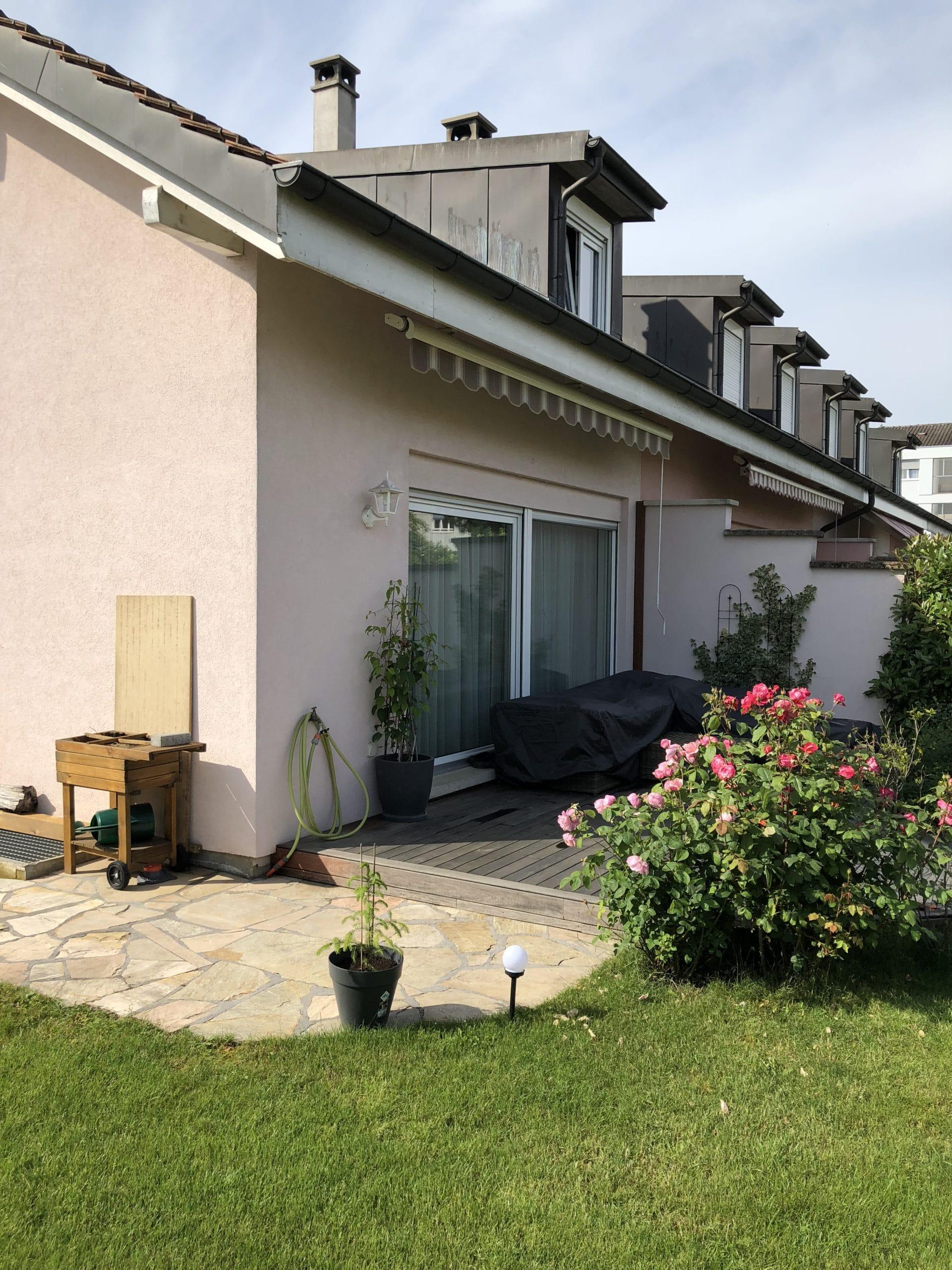 Villa avant nos travaux de peinture sur murs et boiseries en toiture