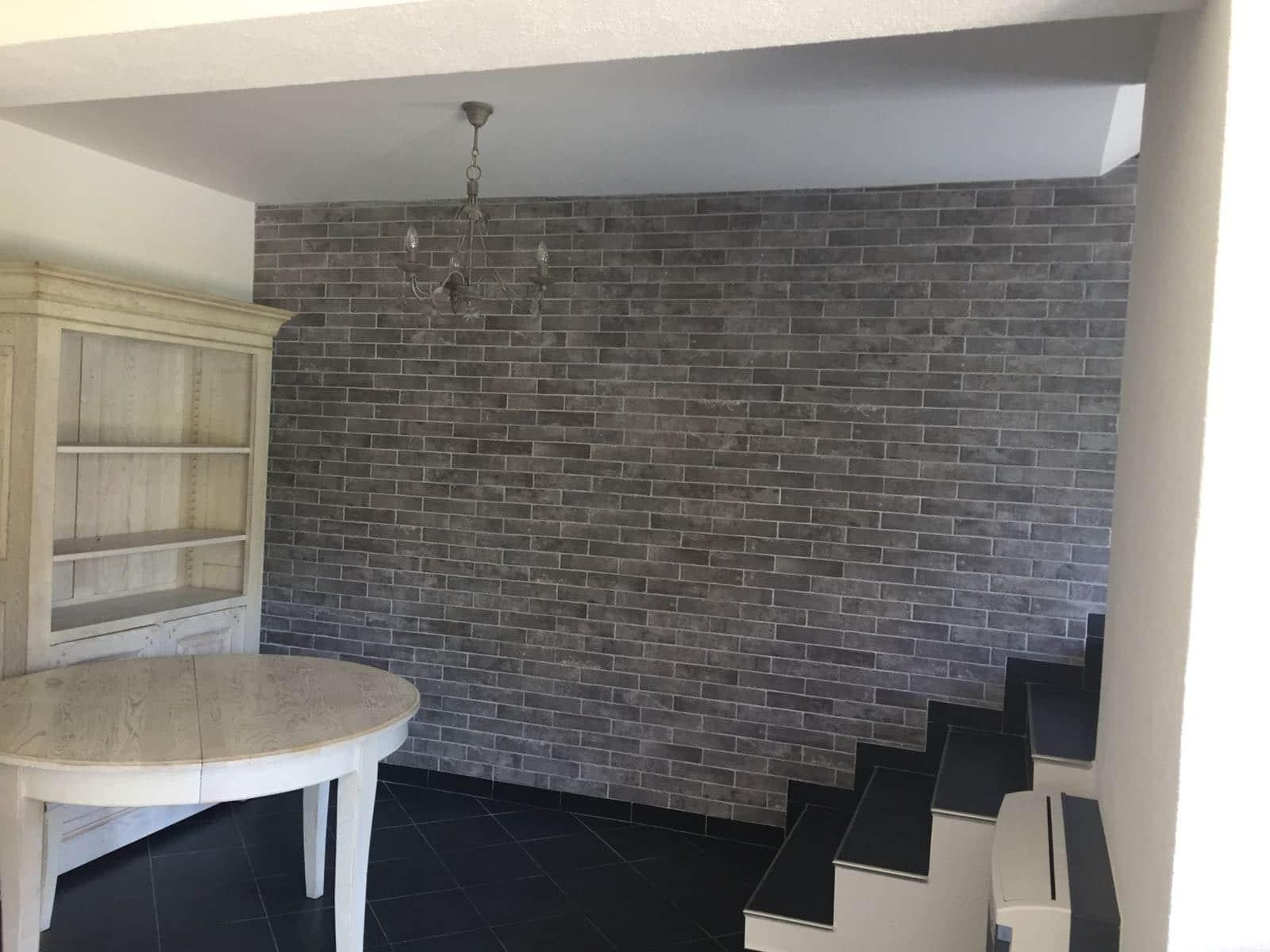 Ce décor en intérieur est très chaleureux et donne un coté massif à votre mur